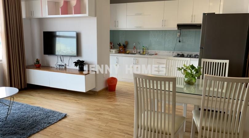 Bán căn hộ Sunrise city căn số 8, W2 lầu trung giá 3.7 tỷ.